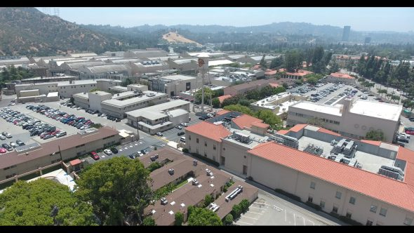 Warner Bros. Studios Descent