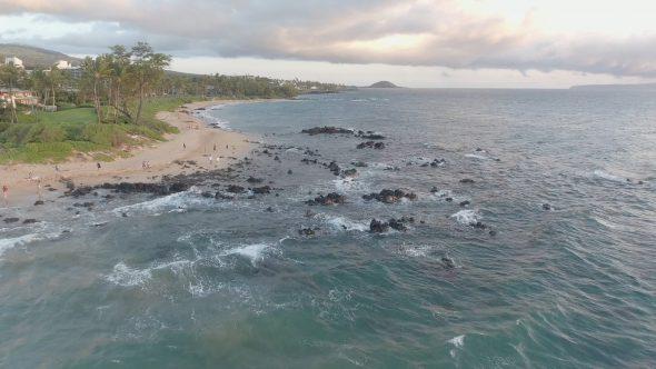 Maui Rocky Beach Desscent