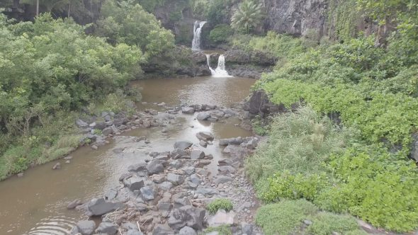 Maui Rocky Forest River Falls 4