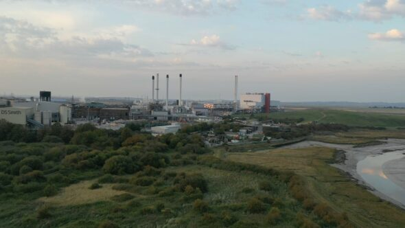DS Smith Paper Mill, Sittingbourne, Kent, UK – fly in and pan.